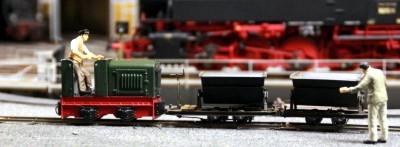 Schlacketransport per Feldbahn